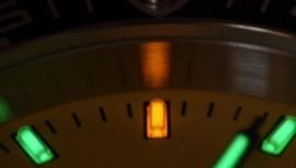 Karórák górcső alatt: Trícium és Superluminova, előnyeik és felhasználásuk